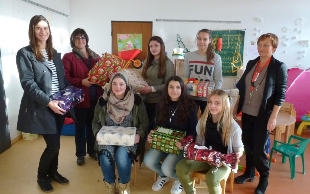 Weihnachtspäckchen für Kinder in der LEA Ellwangen