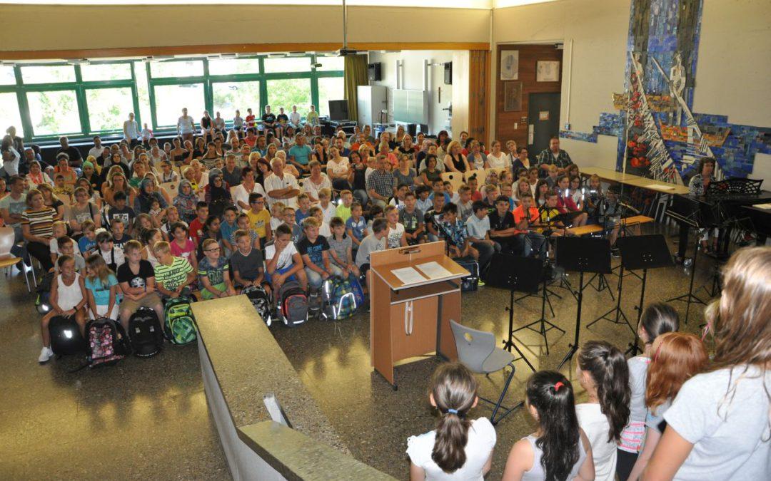 Neue Fünftklässler an der Karl-Kessler-Schule