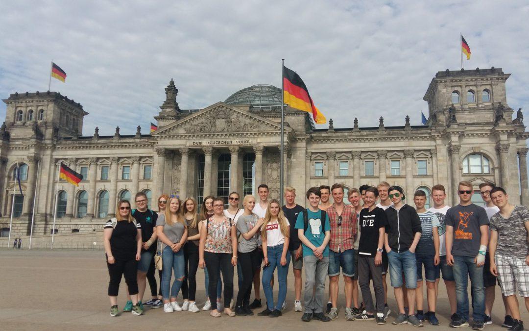 Die Klassen R10a und R10b auf Studienfahrt nach Berlin 29. 05. – 02. 06. 2017