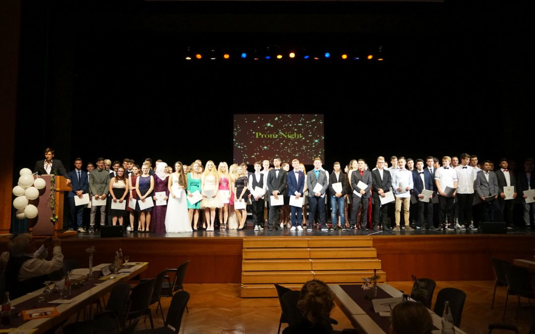 Abschlussfeier der KKS -Realschulklassen zeigt hervorragende Ergebnisse