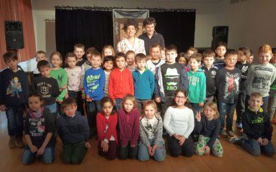 Theaterbesuch der Klassen 1a und 1b