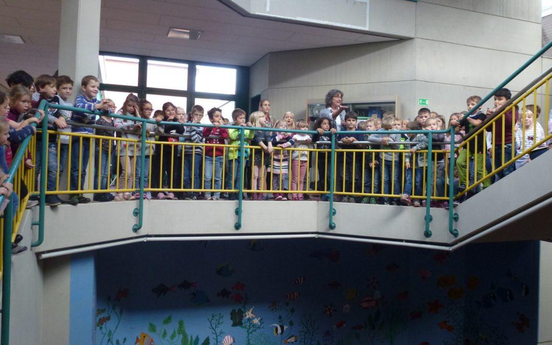 Herbstsingen der Grundschulkinder miteinander und füreinander
