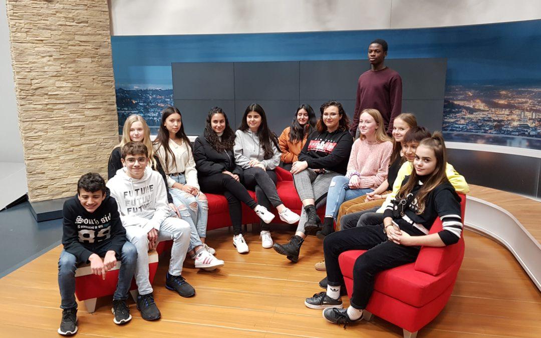 Medien-Team der KKS besucht SWR-Studios in Stuttgart.